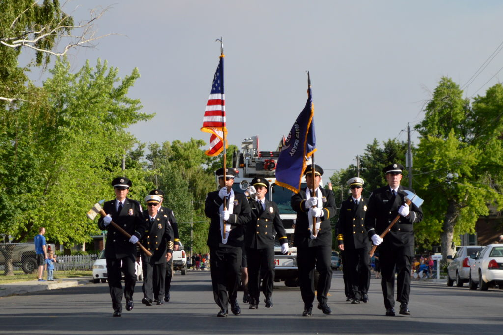 American Fork Fire Department begins the parade. Photo: Nicole Kunze