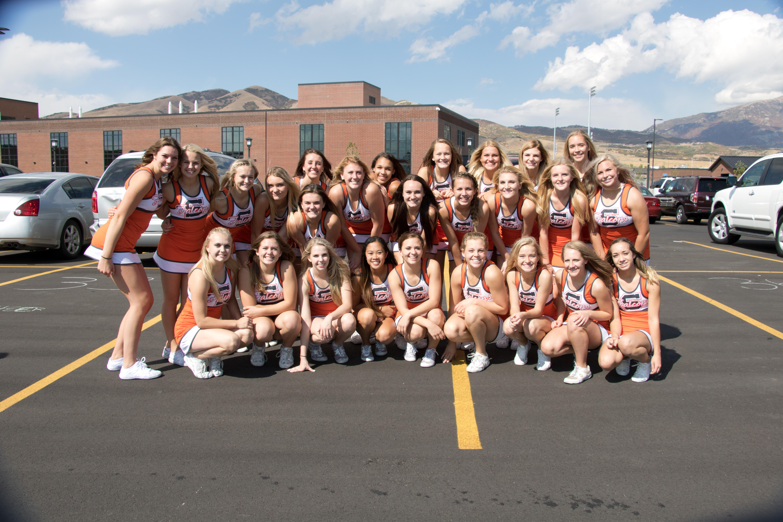 shs-cheerleaders